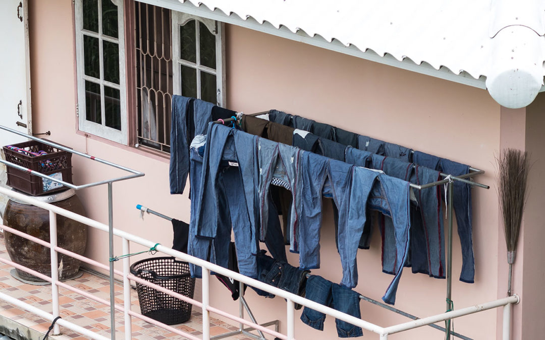 Declutter and Downsize With Onsite Storage